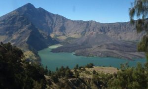 Trekking, dragon-spotting and boating round Indonesia