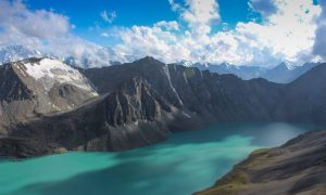 Stunning driving and hiking round Kyrgyzstan
